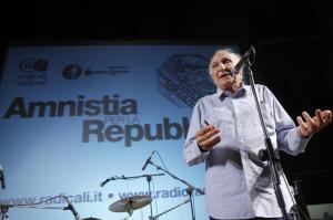 Piazza Navona - manifestazione radicali italiani sulla situazione carceraria