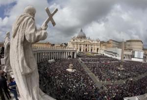 Papa: Lo Spirito Santo, anche attraverso di noi, vuole trasformare il mondo in cui viviamo