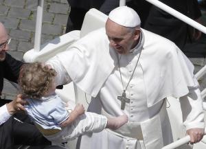 Papa Francesco celebra messa di Pentecoste a San Pietro
