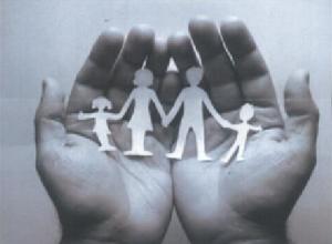 mani-bambini-300x220