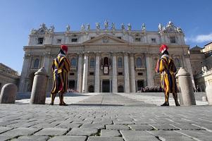 vaticano-guardie-svizzereR