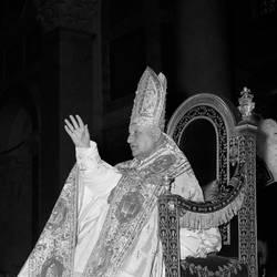 Vaticano, Wojtyla e Roncalli saranno santi