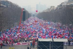 parigi-manifestazione-gay