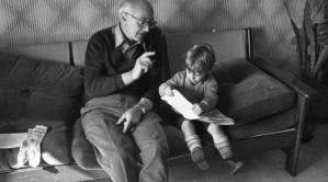 aprile 1982: un sabato col nonno Pietro che gli da pazienti spiegazioni